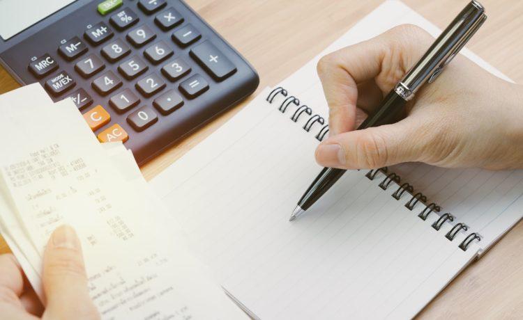 10 porad jak oszczędzać